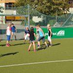 sport-auf-dem-kunstrasenplatz-119