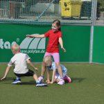 sport-auf-dem-kunstrasenplatz-139