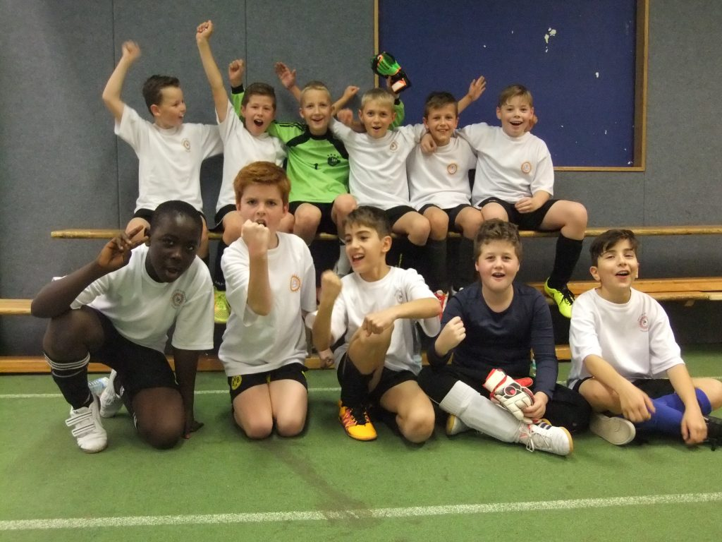 Fußballturnier der Dormagener Grundschulen 2016 – Vorrunde Gruppe A