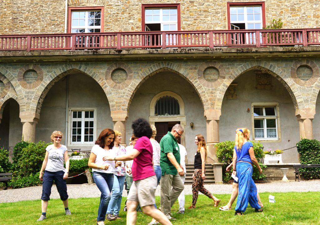 OGS der Salvatorschule auf Inklusionsfortbildung im  Schloss Gimborn